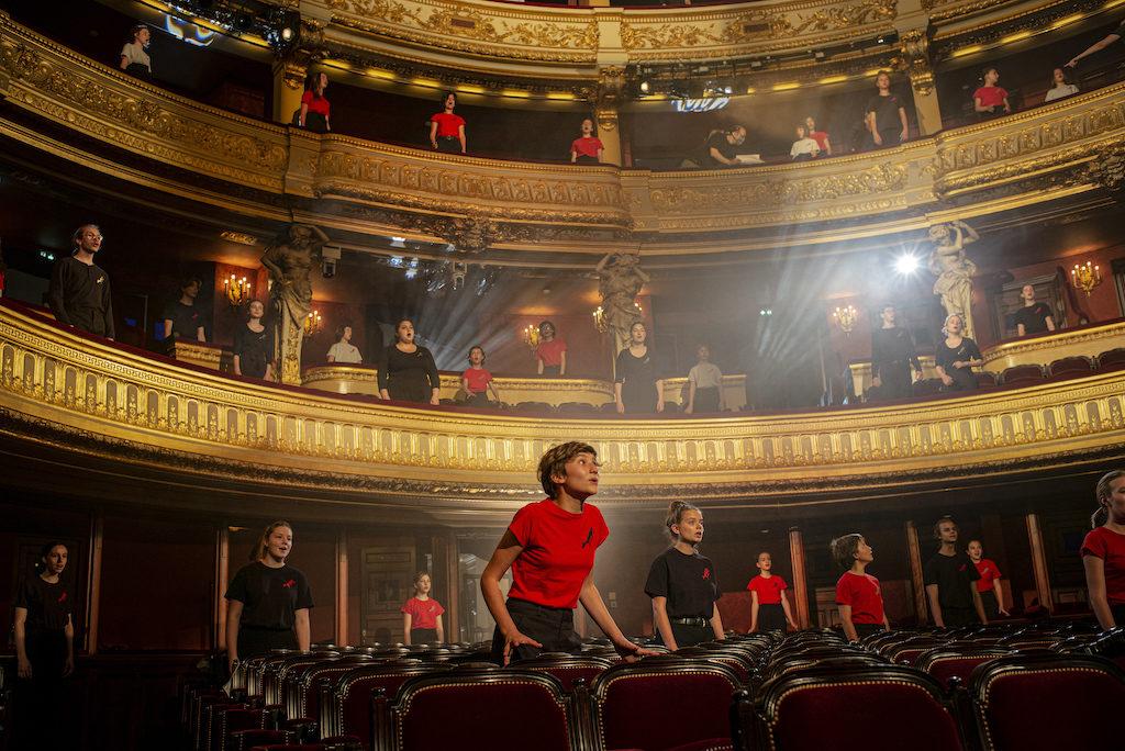 Sarah Koné la directrice de Maîtrise Populaire de l'Opéra Comique raconte comment faire «grandir sur scène»