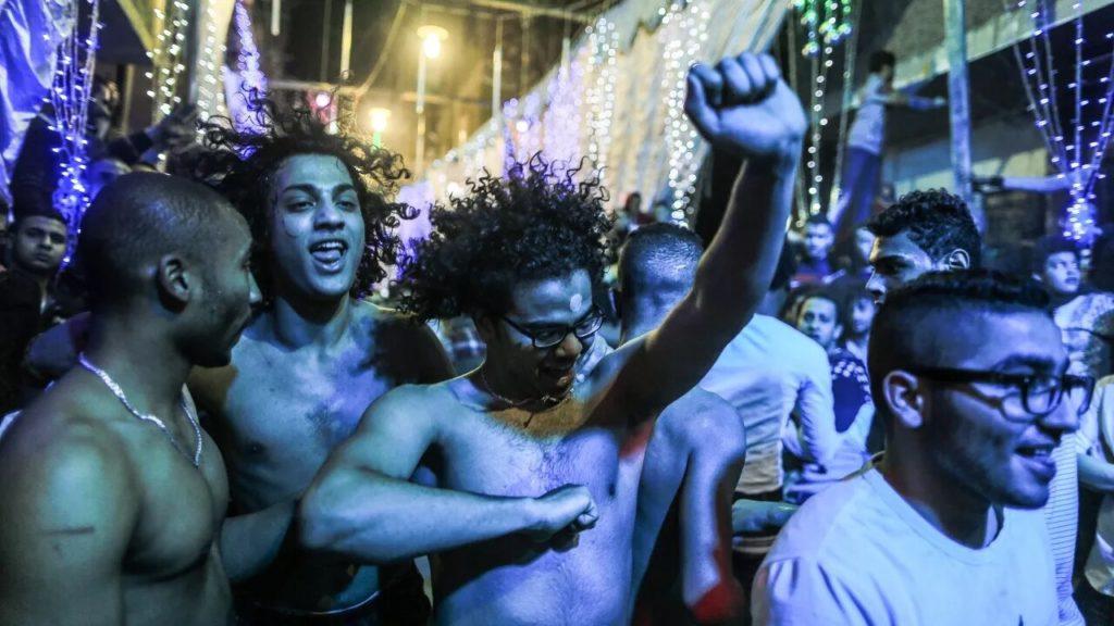 «Itmahrag», d'Olivier Dubois : voyage dans un Caire festif et endiablé