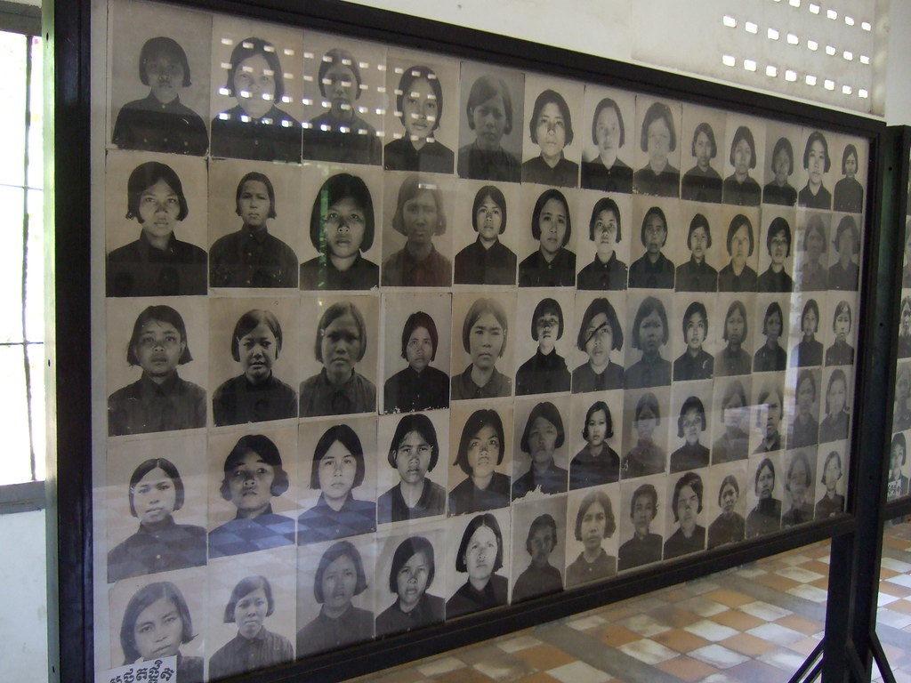 Quand les sourires de Matt Loughrey idéalisent et subliment les victimes du génocide khmer