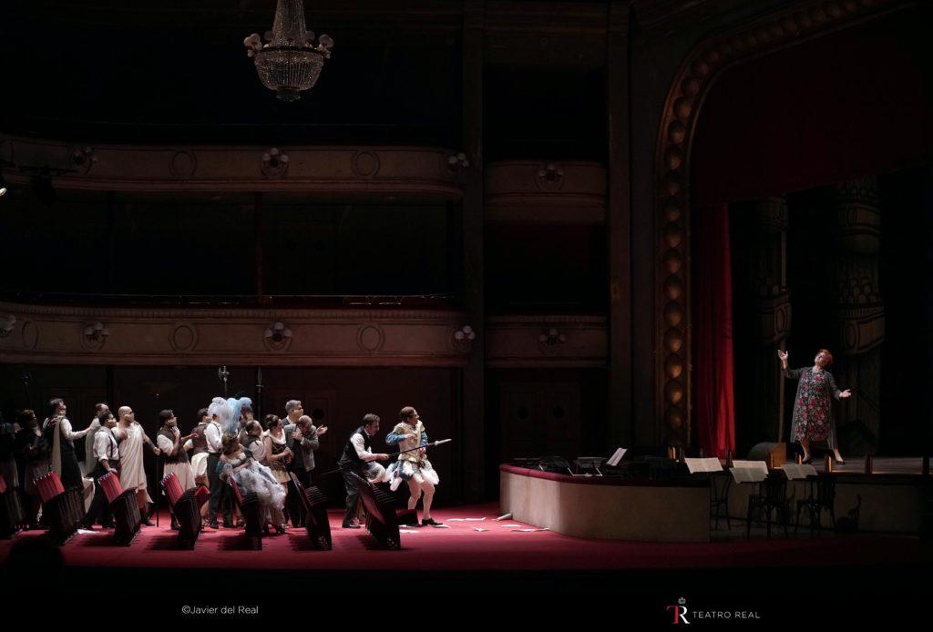 La Mamma et sa troupe au bord de la crise de nerfs au Teatro Real de Madrid