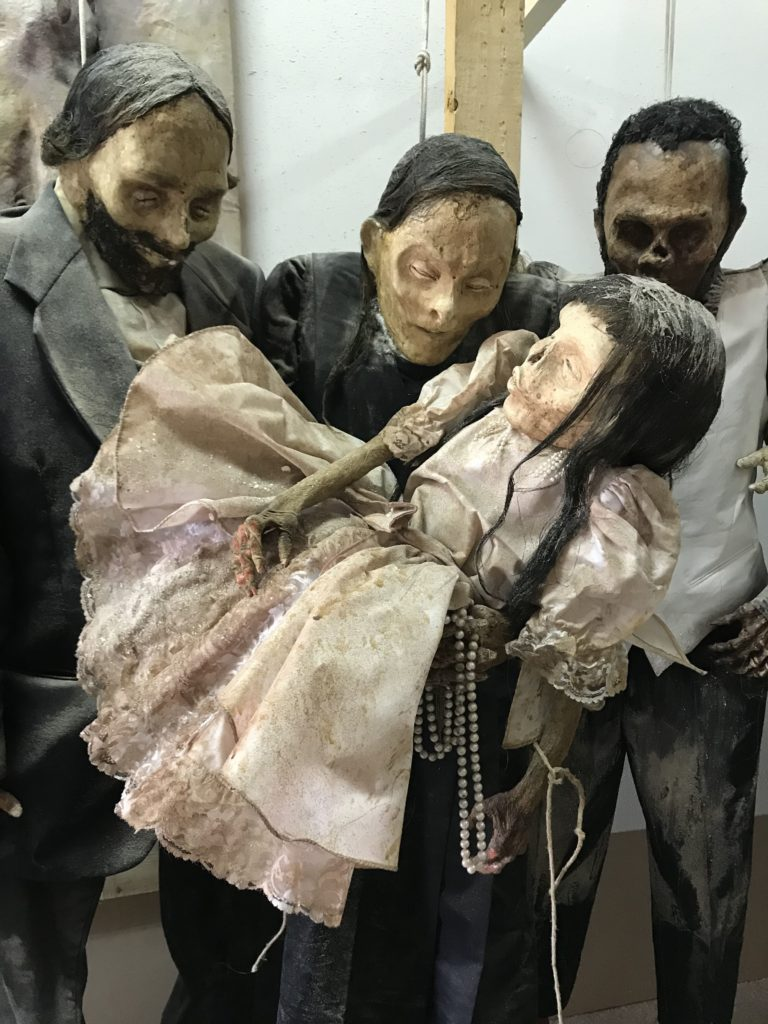 Emma Dante : une fête des morts douce-amère