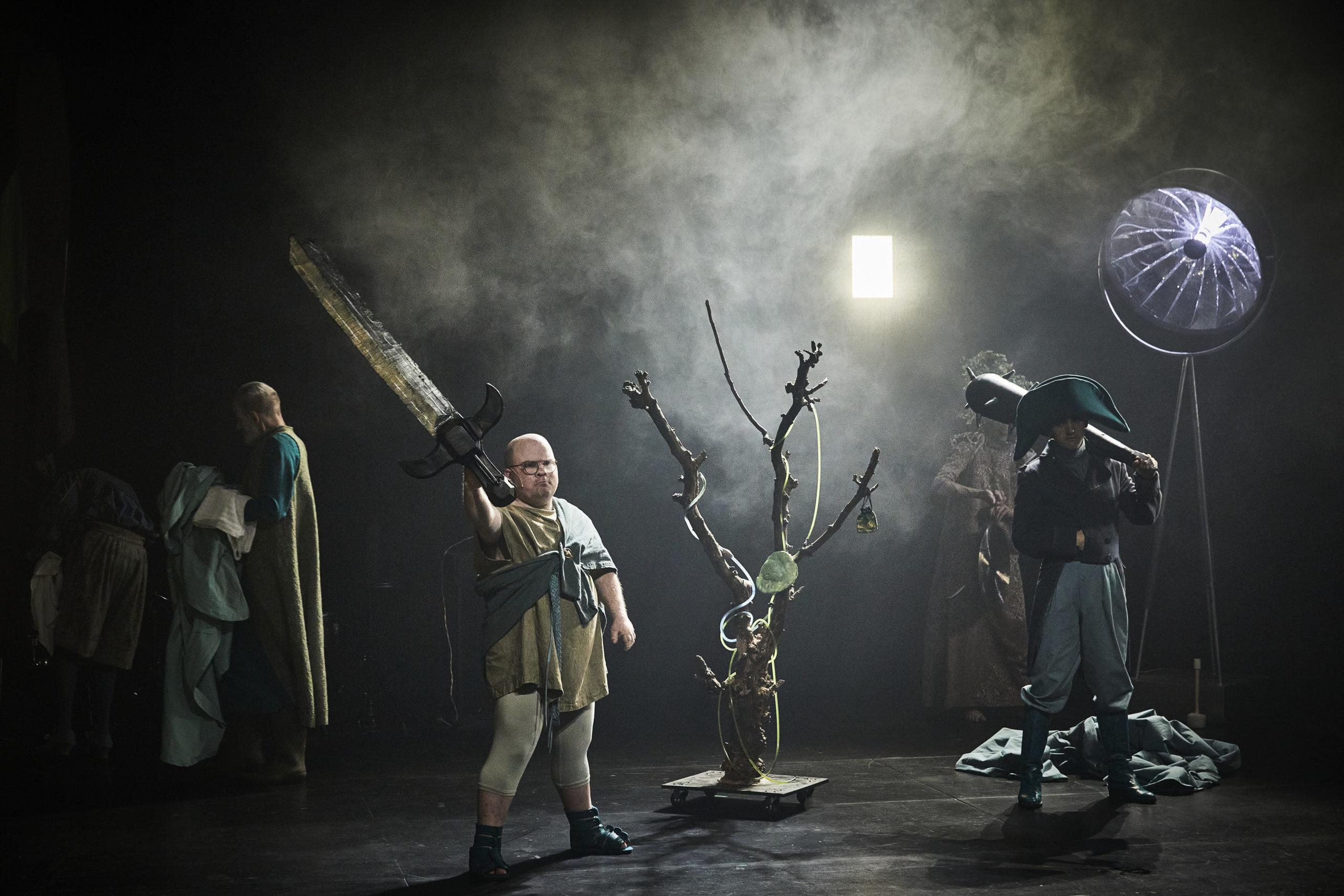 Gulliver dépasse les normes au Festival d'Avignon