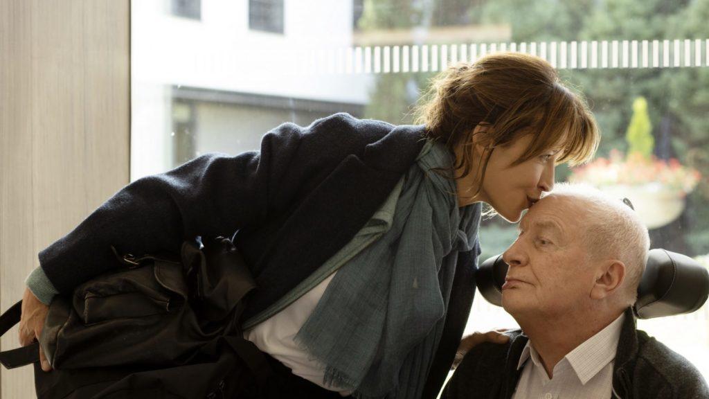 [Cannes 2021, Compétition] Tout s'est bien passé, drame familial semi-réussi sur fond d'euthanasie signé François Ozon