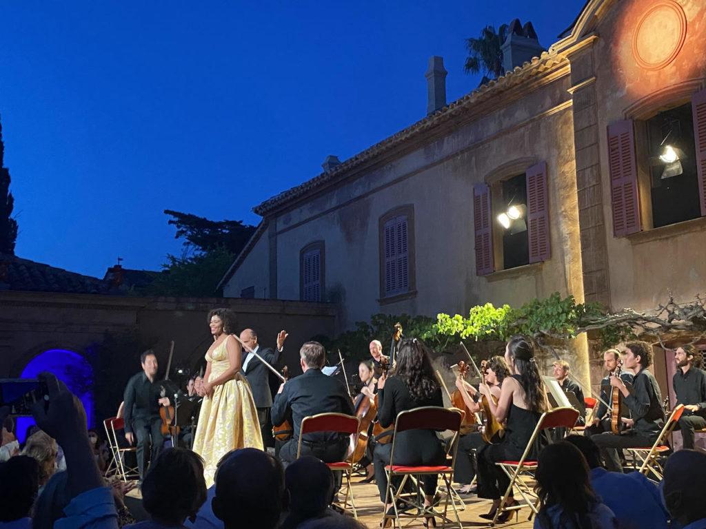 Pretty Yende et le Verbier Festival Chamber Orchestra ouvrent les Nuits du Château de la Moutte avec Mozart
