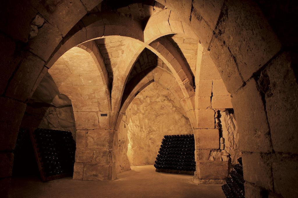 Champagne Taittinger : La visite virtuelle des Crayères donne envie de voir les caves et les millésimes sur place