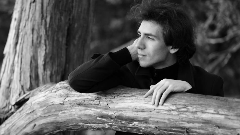 Alexandre Kantorow et l'Orchestre National de France célèbrent Camille Saint-Saëns à l'Auditorium de Radio France