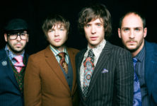<em>Needing/Getting</em>: Le nouveau clip tout de terre vêtu des Ok Go