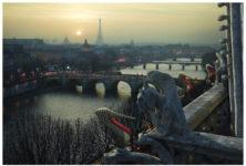 Louboutin détourne Paris
