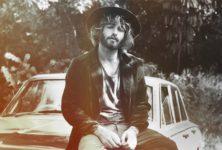 Angus Stone Solo avec un album et un premier clip : Bird on a buffalo
