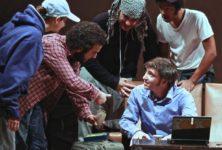 <em>Les optimistes</em>, les acteurs du théâtre Majâz offrent leur processus de paix