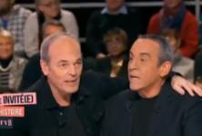 L'homme en noir est venu débusquer Laurent Baffie