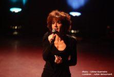 Brigitte Stora a la mémoire qui chante Ferrat, Barbara, Brassens, Brel et Moustaki le 16 juin au Théâtre Le Temple