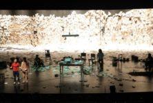 « Tratando de hacer una obra que cambie el mundo » : Marco Layera creuse la tombe des illusions
