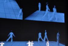 «Dance», le mouvement augmenté de Lucinda Childs au Théâtre de la Ville