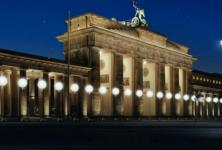 Berlin : une frontière de lumière pour fêter la chute du mur