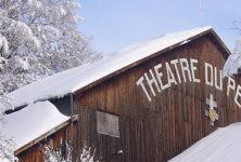 Théâtre sous la neige à Bussang, dans les Vosges