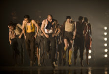 « Political Mother » de Hofesh Shechter: The Choreographer's Cut