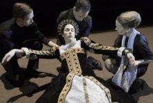 Deux reines royales dans Mary Stuart par Ivo van Hove