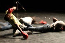 [ZOA] «Debout – Se relever» de Djino Alolo Sabin et Christina Towle suivi de  «Les Corps mous#2» de Vincent Lacoste
