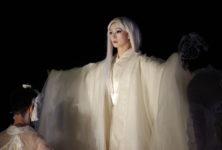 Antigone, Satoshi Miyagi face au mur au Festival d'Avignon