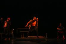 La Fiesta punk d'Israël Galvàn bordélise la Cour d'Honneur du Festival d'Avignon
