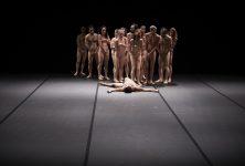 Les pantins de chair dans l'enfer d'Emma Dante au Festival d'Avignon