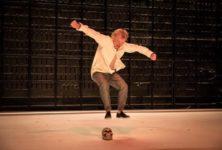 «L'Homme hors de lui» Dominique Pinon animal acteur parfait à La Colline