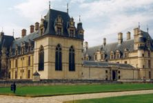 Le point sur la polémique Stéphane Bern et les nouvelles politiques du patrimoine