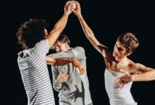 «Dystonie»: rencontre de jonglage à six mains de la compagnie DeFracto