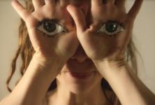 Clémence Demesme réalise le nouveau clip de Koto