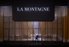 «Joueurs, Mao II, Les Noms» par Julien Gosselin, marathon théâtre-cinéma époustouflant