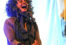 « Vivre ! » au Off d'Avignon : Juliette Andréa Thierrée grandiose en Niki de Saint Phalle