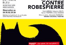 « Batman contre Robespierre » au Off d'Avignon : hilarante descente aux enfers