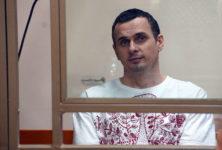 Aujourd'hui le cinéaste Oleg Sentsov se meurt en captivité russe