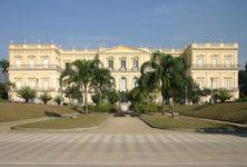 Un incendie dévore le musée national de Rio
