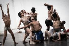 Furia, la danse vaudou de Lia Rodrigues déflagre sur Chaillot
