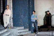 Les idoles fracassées de Christophe Honoré redonnent vie aux fantômes à l'Odéon