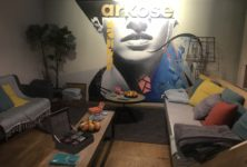 Découverte du yoga chez Arkose avec l'énergie de Aria Crescendo