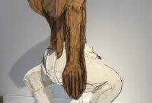 Les sculptures hybrides de Thomas Houseago investissent le Musée d'Art Moderne