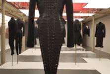 Une exposition majestueuse : « AZZEDINE ALAIA COLLECTIONNEUR : ADRIAN et ALAIA, L'art du tailleur »