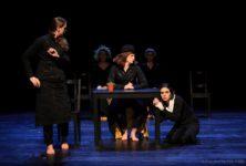 AVIGNON Off 2019 : «Les couteaux dans le dos» au théâtre Le Petit Louvre