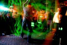 Rave-party : Après la fête, le Sénat va-t-il faire le ménage?