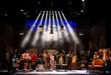 La Co(opera)tive : Une Petite Messe Solennelle de Rossini brillamment mise en scène par Jos Houben et Emily Wilson à Compiègne
