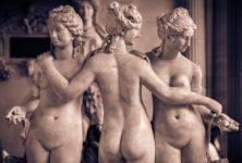 Les Femen débarquent à Orsay