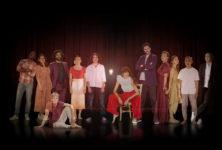 Un cabaret holographique habité par le fantôme de présences vivantes