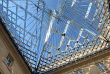 Passé et présent, virtuel et réel : la visite immersive de l'Hôtel de la marine