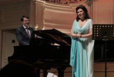 Marina Rebeka fait un retour triomphant à la salle Gaveau pour son deuxième « Instant lyrique »