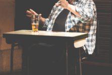 Avec «Les yeux dans le dos», Patric Saucier nous plonge avec humour dans les affres d'Alzheimer