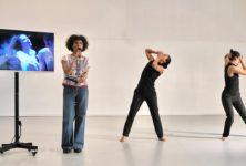 «La part des femmes» : Héla Fattoumi revisite son travail avec deux danseuses au Théâtre National de Chaillot